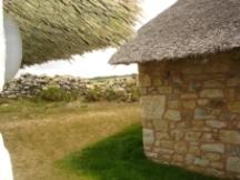 Ferienhaus Bretagne bretonische Ferienhäuser, Reetdachh�user,Les chaumi�res de Kerdraffic aus dem 17.Jahrhundert